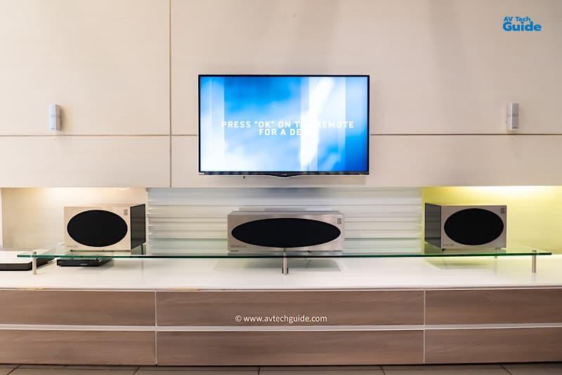 At showroom preview LOG Audio VIVANT