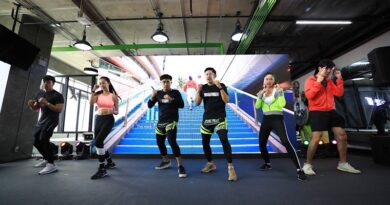 MTM Academy trendy workout with Huawei gadget