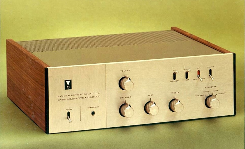 JBL unveil SA750 integrated amplifier with retro design but modern connectivity