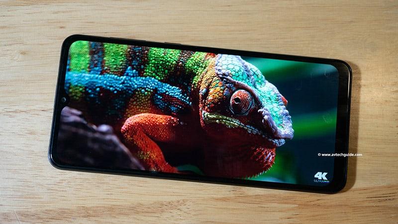Review Samsung Galaxy M02 big screen durable battery budget phone