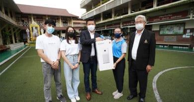 Xiaomi sent Mi Air Purifiers to create fresh air zone in the school