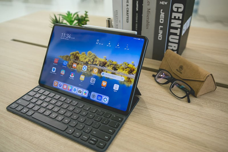 First Impression HUAWEI MatePad Pro 12.9 inch work and entertainment tablet