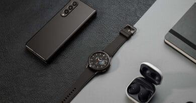 Samsung release Galaxy Z Fold3 Flip3-5g Watch4 series Buds2